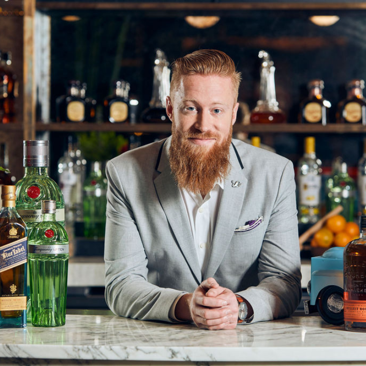 John Henderson from Diageo Reserve Team Wins Mixology Award